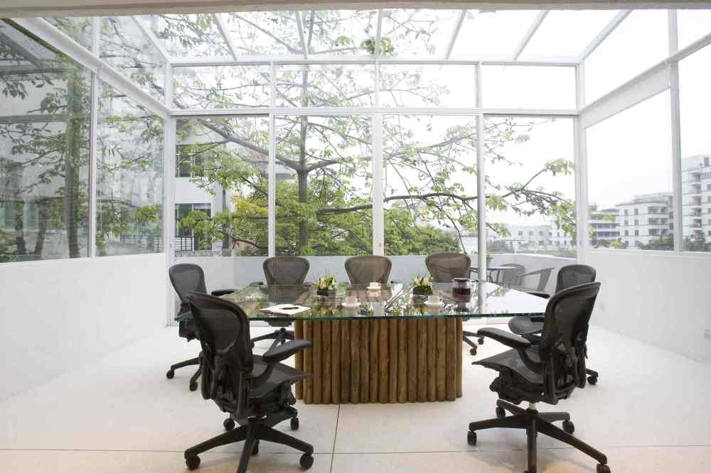 eco-friendly-office-conference-room.jpg